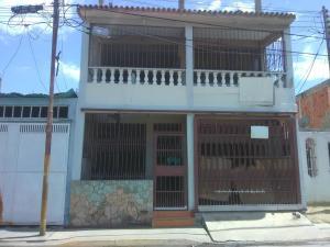 Casa En Ventaen Puerto Cabello, Cumboto, Venezuela, VE RAH: 21-15454
