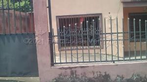 Apartamento En Ventaen Municipio Barinas, Alto Barinas Norte, Venezuela, VE RAH: 21-15455