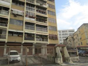 Apartamento En Ventaen Caracas, Los Chaguaramos, Venezuela, VE RAH: 21-15463