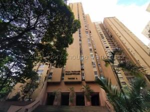 Apartamento En Ventaen Caracas, El Paraiso, Venezuela, VE RAH: 21-15461