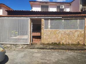 Casa En Ventaen Guatire, Villa Heroica, Venezuela, VE RAH: 21-15515