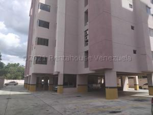 Apartamento En Ventaen Municipio Naguanagua, Casco Central, Venezuela, VE RAH: 21-15985