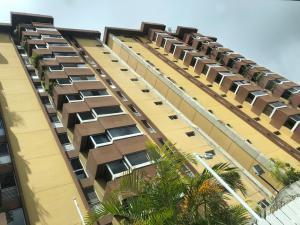 Apartamento En Ventaen San Antonio De Los Altos, El Picacho, Venezuela, VE RAH: 21-18341