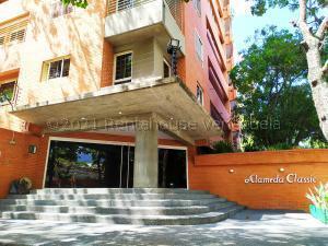 Apartamento En Alquileren Caracas, El Rosal, Venezuela, VE RAH: 21-15587