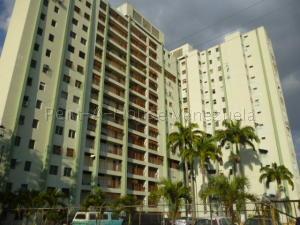 Apartamento En Ventaen Barquisimeto, Parroquia Concepcion, Venezuela, VE RAH: 21-15608