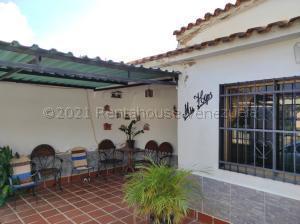 Casa En Ventaen Valencia, Santa Ines, Venezuela, VE RAH: 21-15640