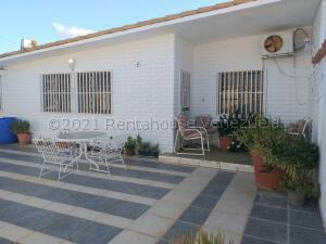 Casa En Ventaen Coro, Centro, Venezuela, VE RAH: 21-15680