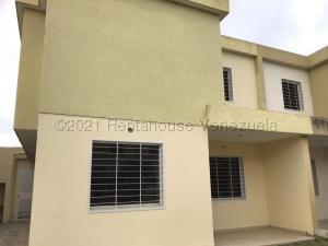 Casa En Ventaen Cabudare, Trapiche Villas, Venezuela, VE RAH: 21-15685