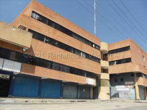 Local Comercial En Ventaen Valencia, Centro, Venezuela, VE RAH: 21-15692