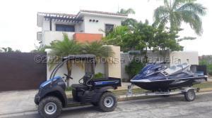 Casa En Ventaen Higuerote, Ciudad Balneario Higuerote, Venezuela, VE RAH: 21-15712