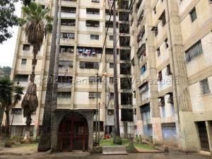 Apartamento En Ventaen Caracas, Catia, Venezuela, VE RAH: 21-13401