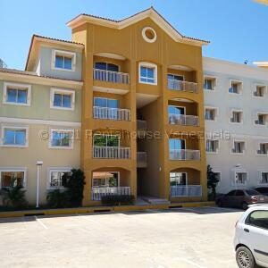 Apartamento En Ventaen Maracaibo, Monte Claro, Venezuela, VE RAH: 21-16224