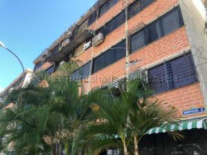 Apartamento En Ventaen Guarenas, Ciudad Casarapa, Venezuela, VE RAH: 21-15914