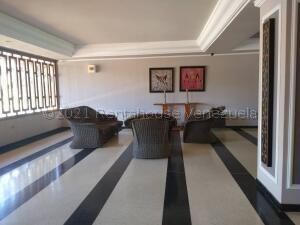 Apartamento En Ventaen Maracaibo, Cecilio Acosta, Venezuela, VE RAH: 21-15778