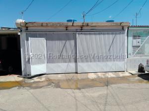 Casa En Ventaen Cabudare, La Puerta, Venezuela, VE RAH: 21-16208