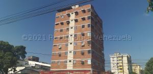Apartamento En Ventaen Maracay, Calicanto, Venezuela, VE RAH: 21-17308