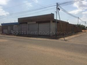Local Comercial En Ventaen Municipio San Francisco, El Soler, Venezuela, VE RAH: 21-15953