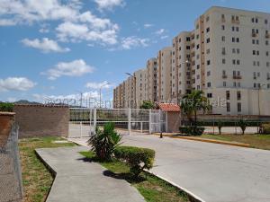 Apartamento En Ventaen Guatire, El Castillejo, Venezuela, VE RAH: 21-15972