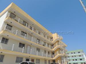 Apartamento En Ventaen Maracaibo, Avenida Goajira, Venezuela, VE RAH: 21-15970