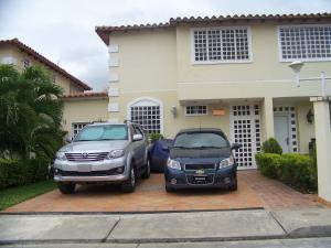 Casa En Ventaen Guatire, Villas De Buenaventura, Venezuela, VE RAH: 21-16011