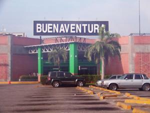 Consultorio Medico  En Ventaen Guatire, Buenaventura, Venezuela, VE RAH: 21-16012