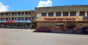 Local Comercial En Ventaen Higuerote, Higuerote, Venezuela, VE RAH: 21-16023