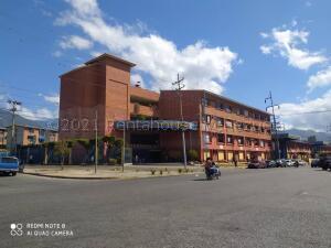 Local Comercial En Ventaen Guatire, El Castillejo, Venezuela, VE RAH: 21-16013