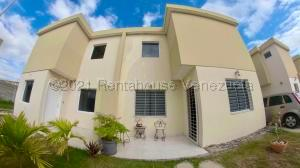 Casa En Ventaen Cabudare, Trapiche Villas, Venezuela, VE RAH: 21-24797