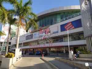 Oficina En Ventaen Guatire, Vega Arriba, Venezuela, VE RAH: 21-16089