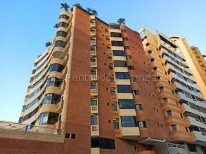 Apartamento En Ventaen Valencia, La Trigaleña, Venezuela, VE RAH: 21-16222