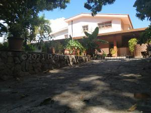 Casa En Alquileren Valencia, La Viña, Venezuela, VE RAH: 21-16139
