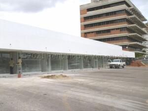 Local Comercial En Alquileren Maracaibo, Avenida Delicias Norte, Venezuela, VE RAH: 21-16160