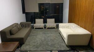 Apartamento En Alquileren Caracas, Los Palos Grandes, Venezuela, VE RAH: 21-16891