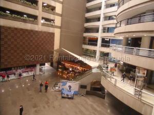 Local Comercial En Ventaen Caracas, El Rosal, Venezuela, VE RAH: 21-16750