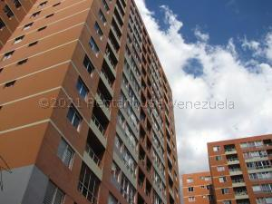 Apartamento En Alquileren Caracas, El Valle, Venezuela, VE RAH: 21-16204