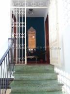 Apartamento En Ventaen Caracas, El Paraiso, Venezuela, VE RAH: 21-16220