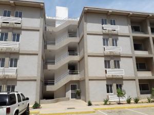 Apartamento En Ventaen Maracaibo, Sector Los Plataneros, Venezuela, VE RAH: 21-16226