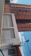 Casa En Ventaen Maracaibo, Santa Rita, Venezuela, VE RAH: 21-16241