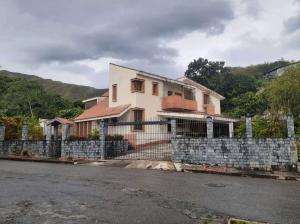 Casa En Ventaen Valencia, Prebo Iii, Venezuela, VE RAH: 21-16246