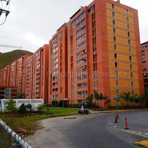 Apartamento En Ventaen Caracas, El Encantado, Venezuela, VE RAH: 21-16254