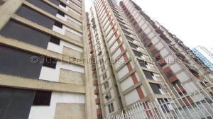 Apartamento En Ventaen Caracas, El Valle, Venezuela, VE RAH: 21-16276