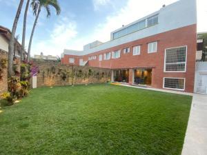 Casa En Ventaen Caracas, La Castellana, Venezuela, VE RAH: 21-16282