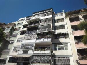 Apartamento En Ventaen Caracas, Bello Campo, Venezuela, VE RAH: 21-16266