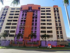 Apartamento En Ventaen Maracay, Base Aragua, Venezuela, VE RAH: 21-16272