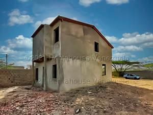 Casa En Ventaen Punto Fijo, Guanadito, Venezuela, VE RAH: 21-16125