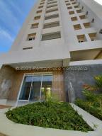 Apartamento En Ventaen Maracaibo, 5 De Julio, Venezuela, VE RAH: 21-1634