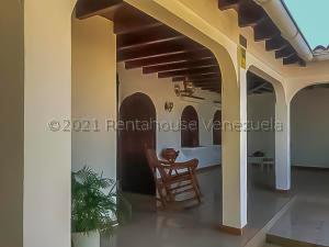 Casa En Ventaen Punto Fijo, Campo Maraven, Venezuela, VE RAH: 21-15720