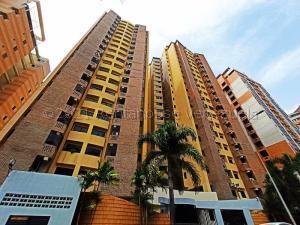 Apartamento En Ventaen Valencia, La Trigaleña, Venezuela, VE RAH: 21-16506