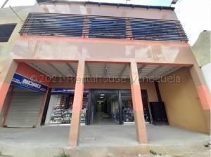 Local Comercial En Ventaen Barquisimeto, Centro, Venezuela, VE RAH: 21-16444