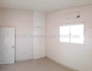 Casa En Alquileren Coro, Sector Bobare, Venezuela, VE RAH: 21-16407
